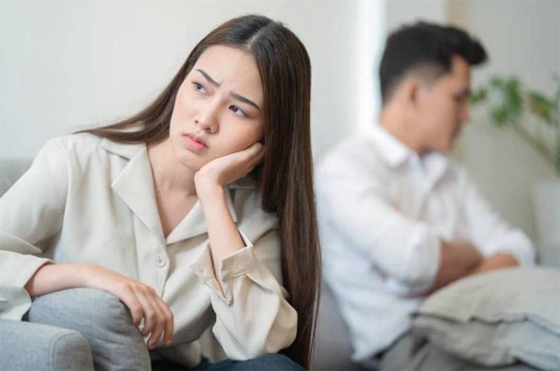 Khi bị yếu sinh lý, người bệnh sẽ thấy ham muốn tình dục của bản thân suy giảm