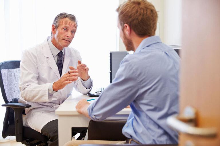 Bác sĩ sẽ thăm khám lâm sàng, kết hợp một số kiểm tra cận lâm sàng khác khi chẩn đoán di tinh
