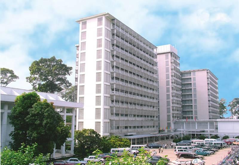Bệnh viện Chợ Rẫy thuộc phố Nguyễn Chí Thanh, Phường 12, Quận 5, TP. HCM.