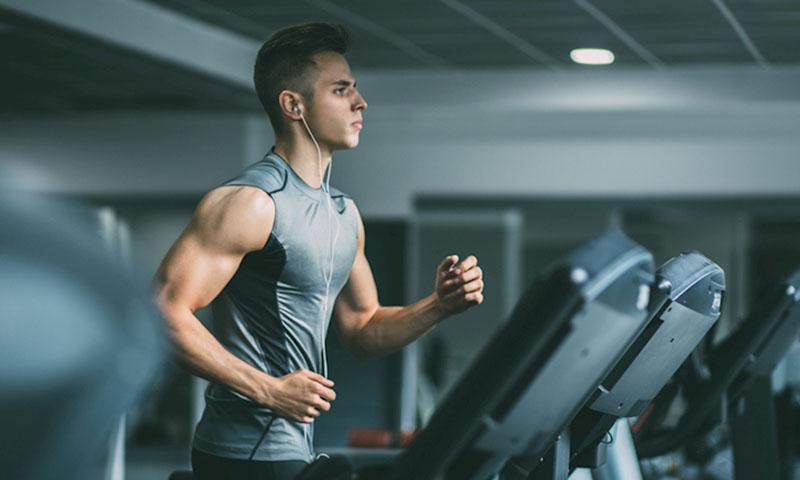 Ngoài việc ăn uống điều độ thì tập luyện cũng tốt cho người bị yếu sinh lý