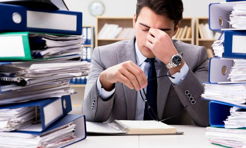 Nhịp sống đô thị nhanh, công việc áp lực khiến cho người trẻ phải đối mặt với tình trạng căng thẳng kéo dài