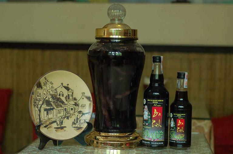 Rượu ngâm ba kích - Bài thuốc trị xuất tinh sớm